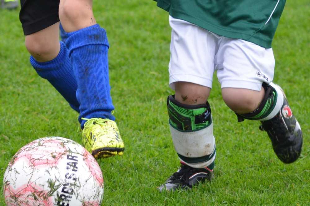 【第8回テスト】サッカーで使えるスペイン語「ドリブル・パス」